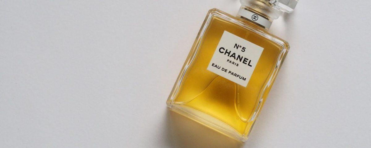 Jak perfumy działają na zmysły